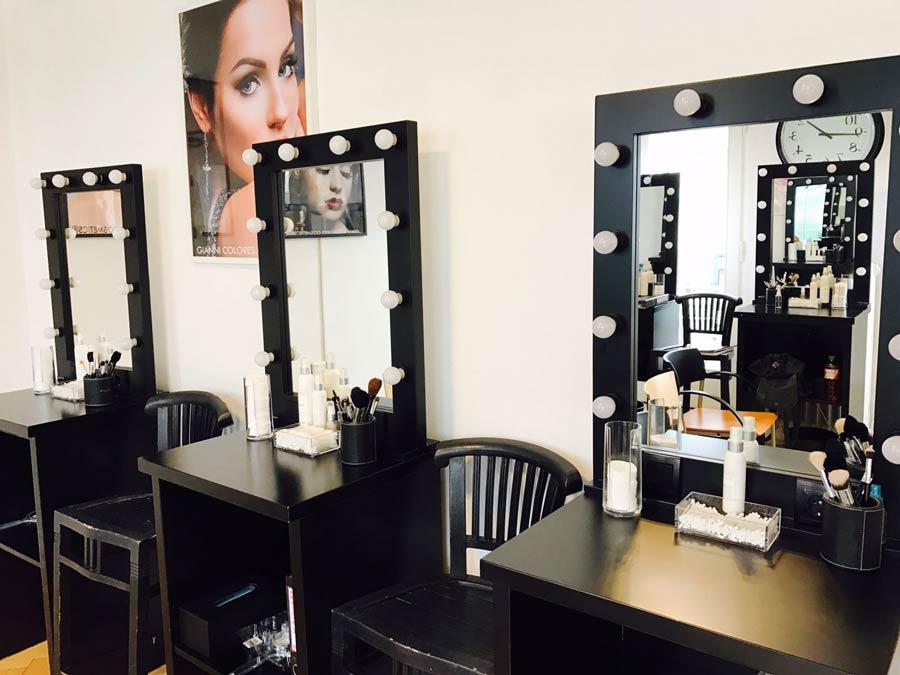 make up schule ausbildung zum makeup artist. Black Bedroom Furniture Sets. Home Design Ideas
